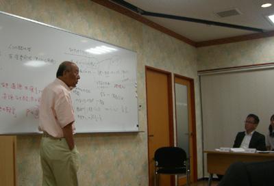 慶応大学ビジネススクールの奥村昭博教授